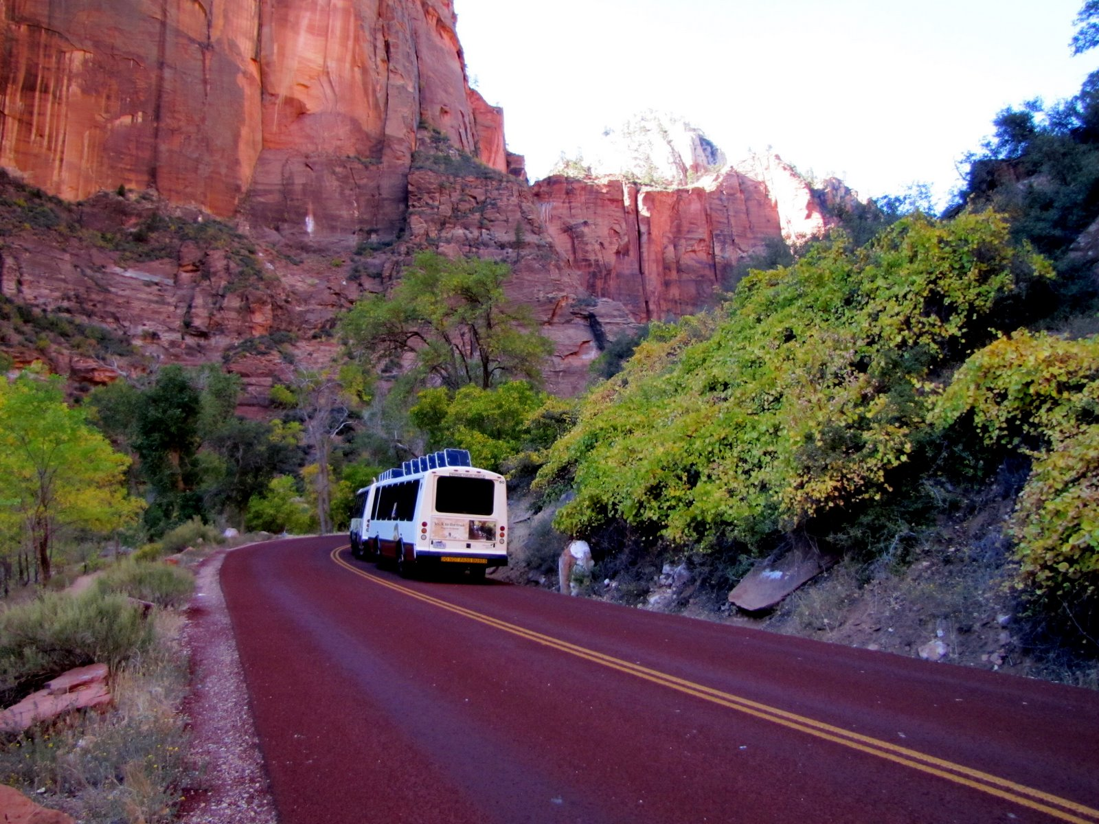 A Zion park buszai  The busses of the Zion Park