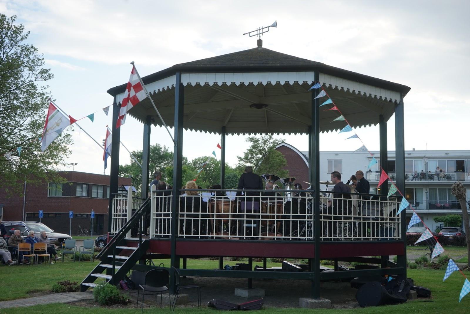 Muziektent Almkerk