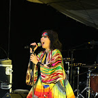 Bjork is still in shape in her 40-s, running with bare legs on the stage and making funny faces