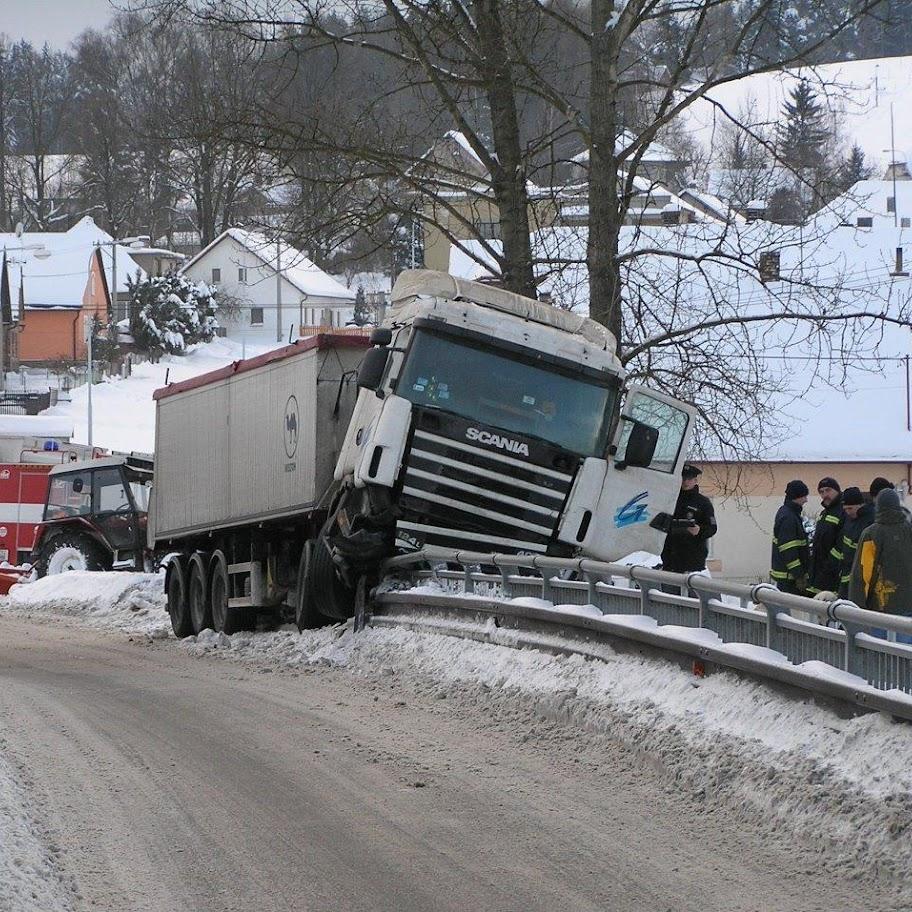 Nehoda kamionu - P1280090