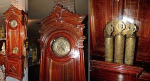 Большие напольные часы  с тремя гирями. 19-й век.