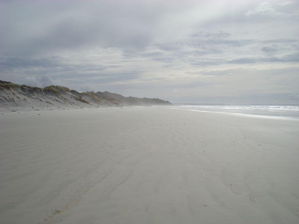 A beach all to myself for lunch (Rarawa Beach)