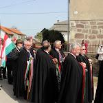 A templom előtt, ahol állítólag a fejedelmet keresztelték.