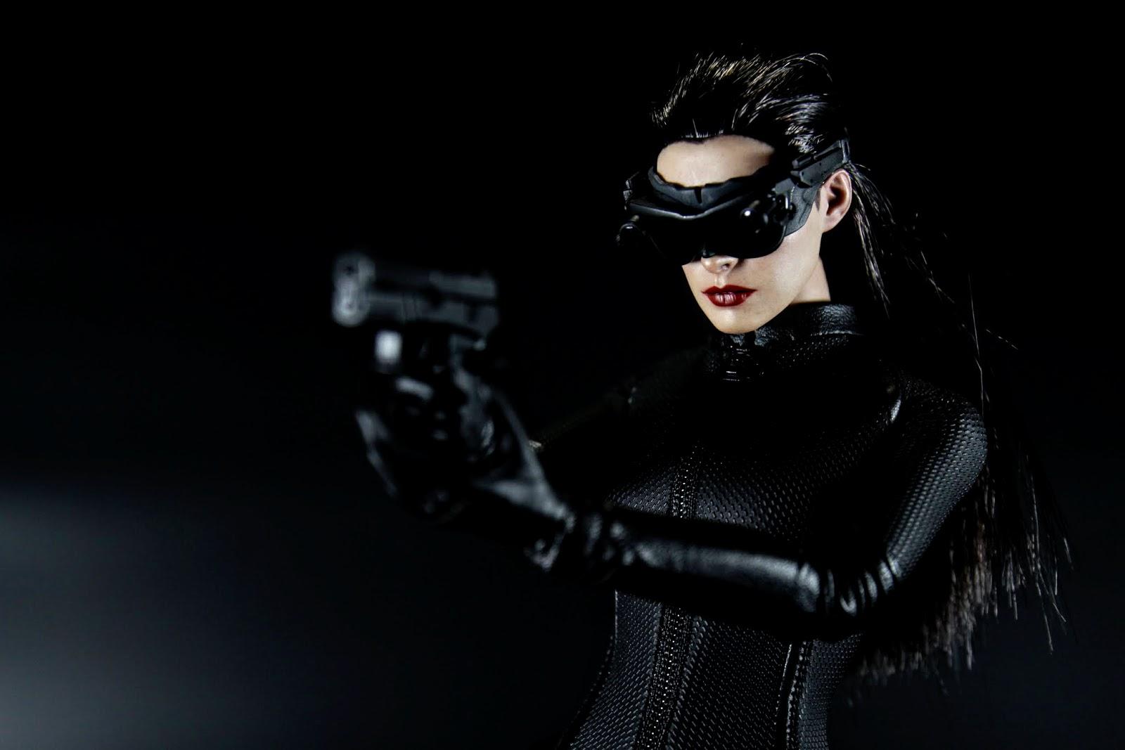這把槍電影裡也不是Selina自己的