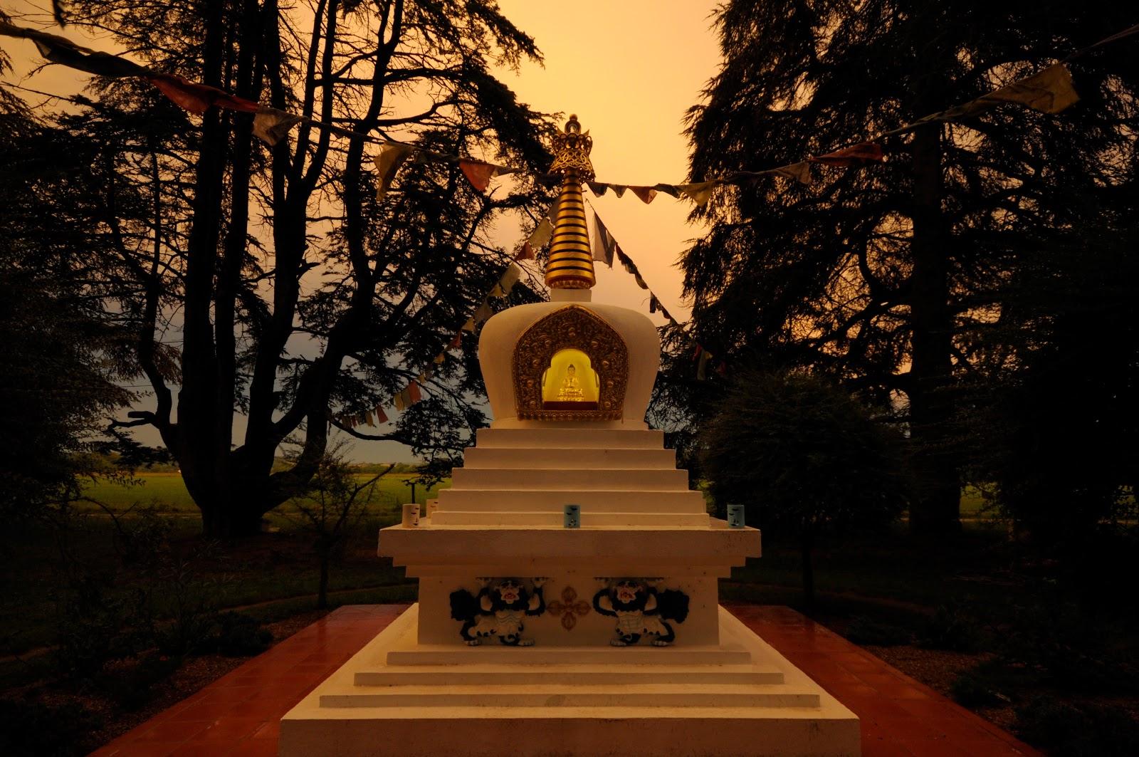 13 foot Enlightenment Stupa at Nalanda Monastery, France.
