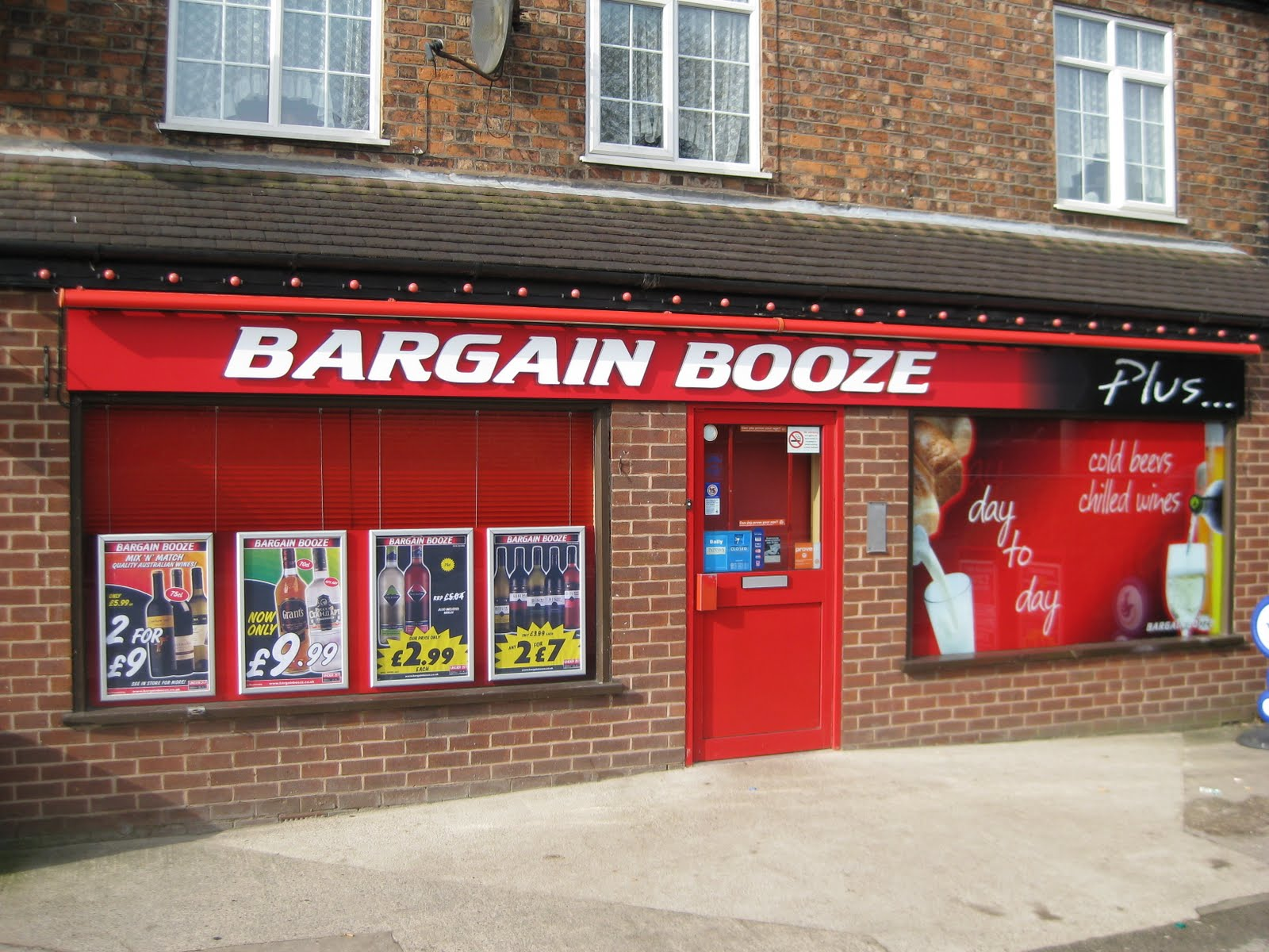 I don't think you'd be able to name a liquor chain like this in NZ