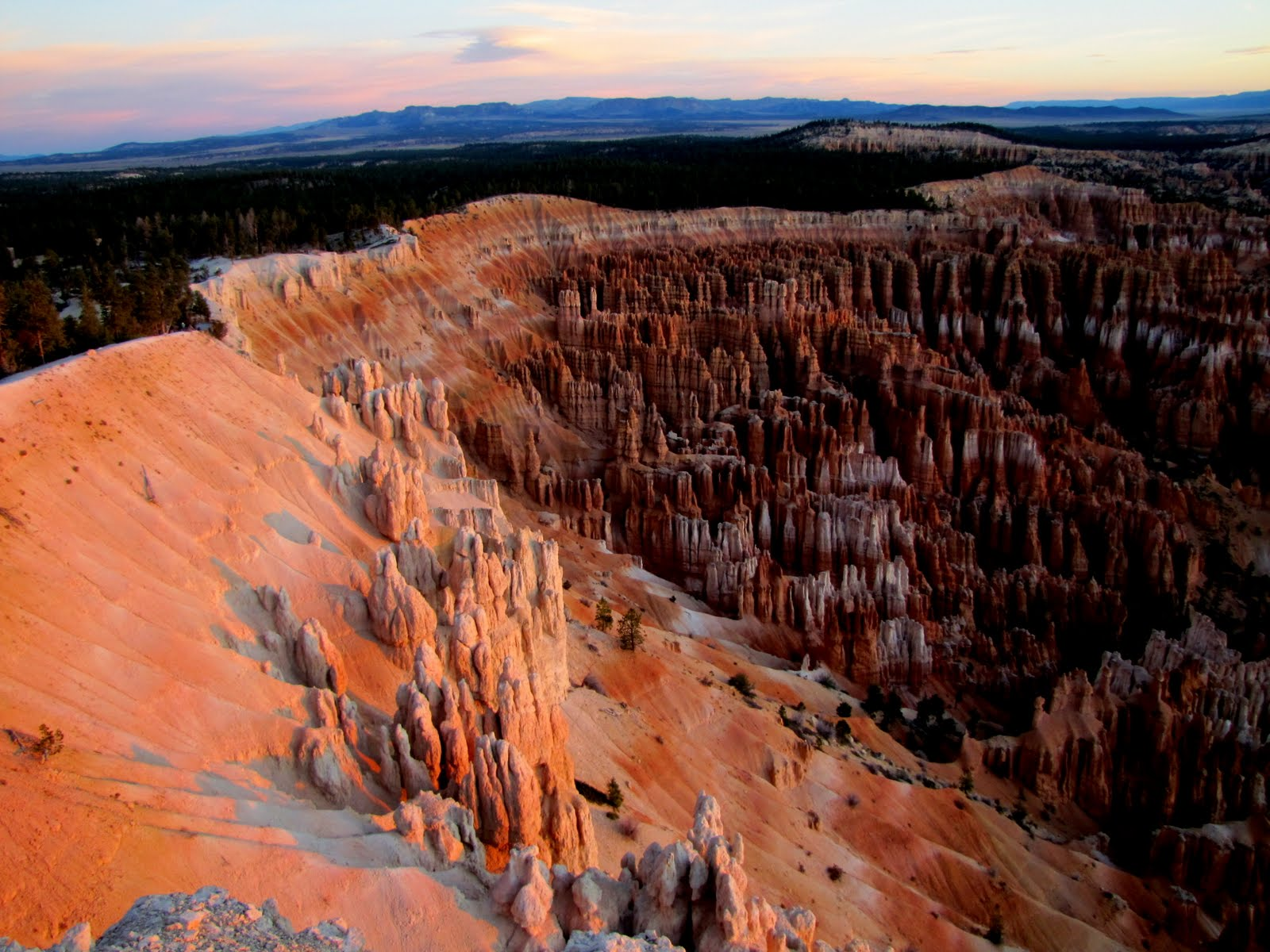 Bryce Canyon at 6:40am, the Sunrise