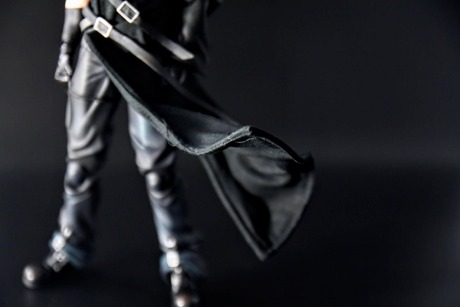 這算是~裙襬嗎?材質是布+鐵絲,那拜託超級英雄系的可以也用這樣的設計嗎?