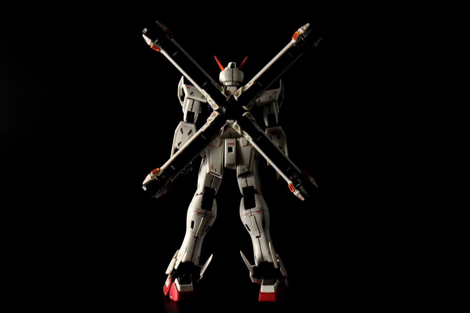 特徵為背後的X型大型推進器