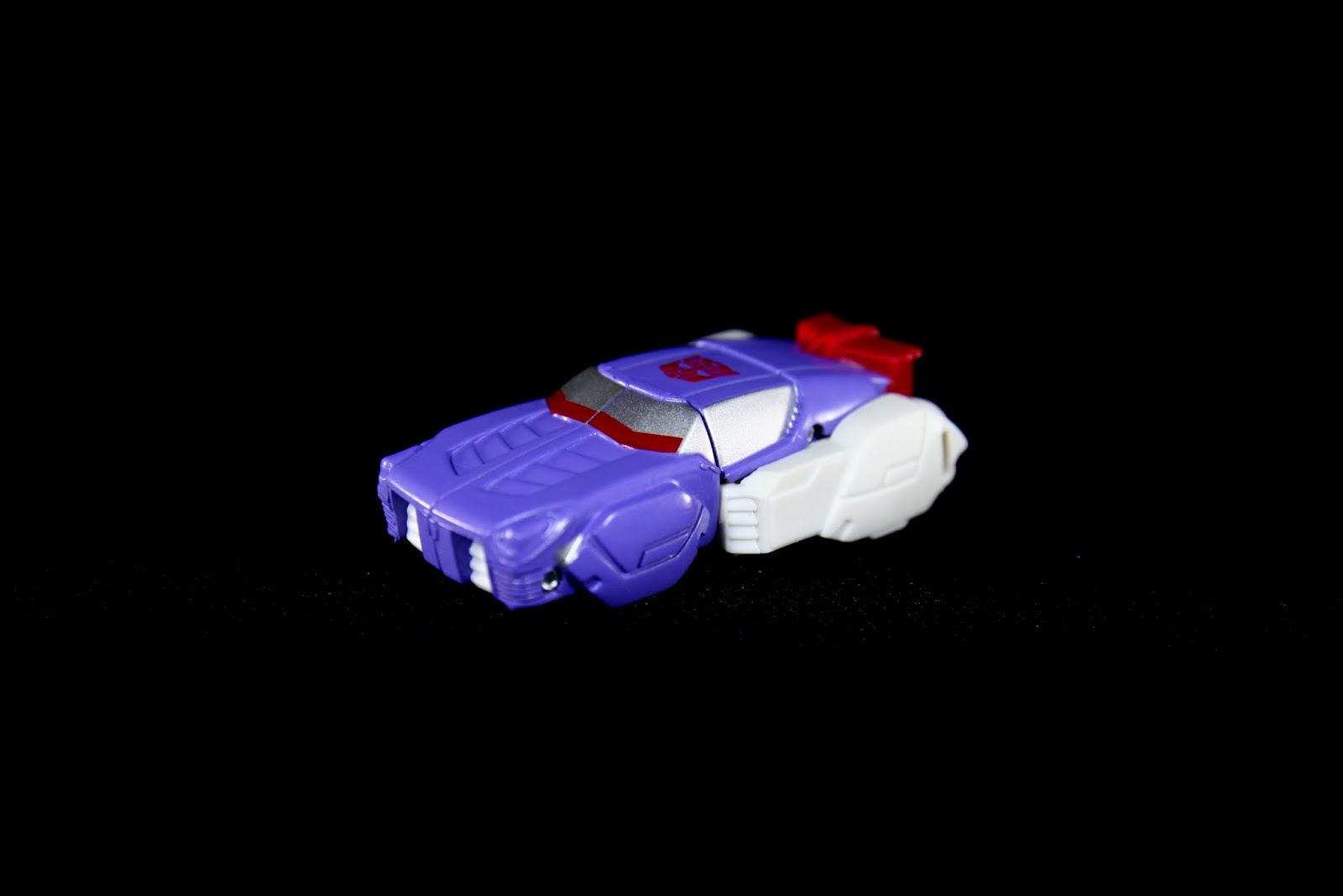 外星外未來感車造型,速度!