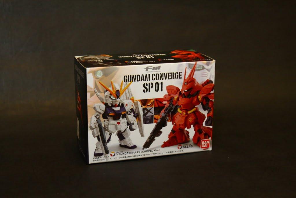 這系列的外包裝真的蠻好看的, 特別版也繼承了一貫的包裝風格
