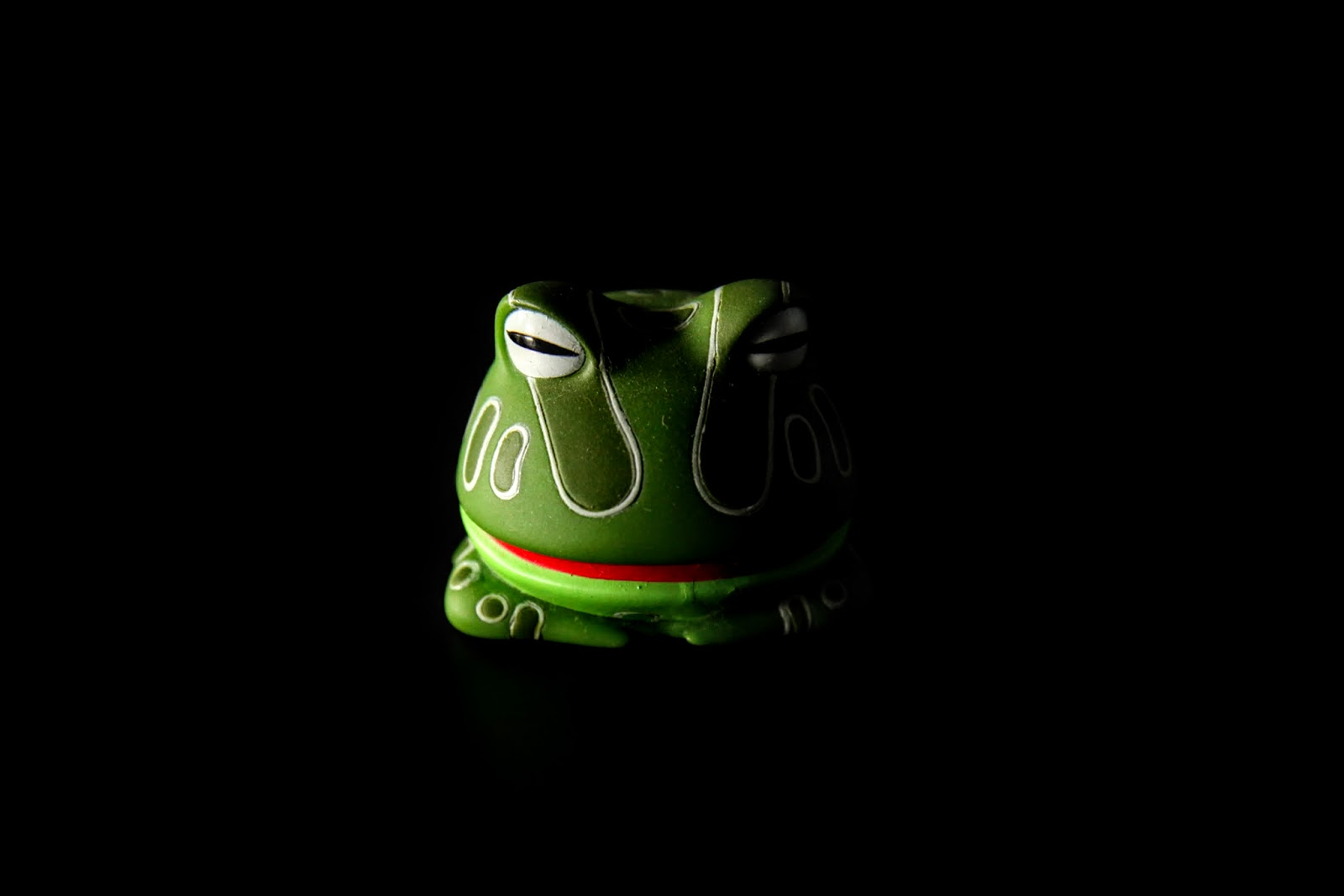 列寧格勒,一隻從馬桶跑出來的青蛙