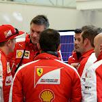Kimi Raikkonen with Ferrari crew