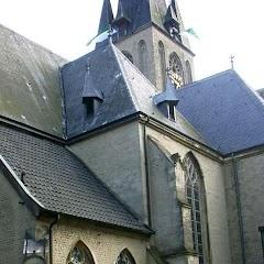 2007 Schützenfest: Fahnenschmuck Kirche