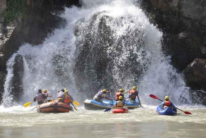 River rafting in Tattapani