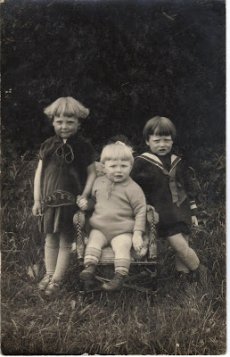 Enfants de Jules HENRU Denise  Georges et