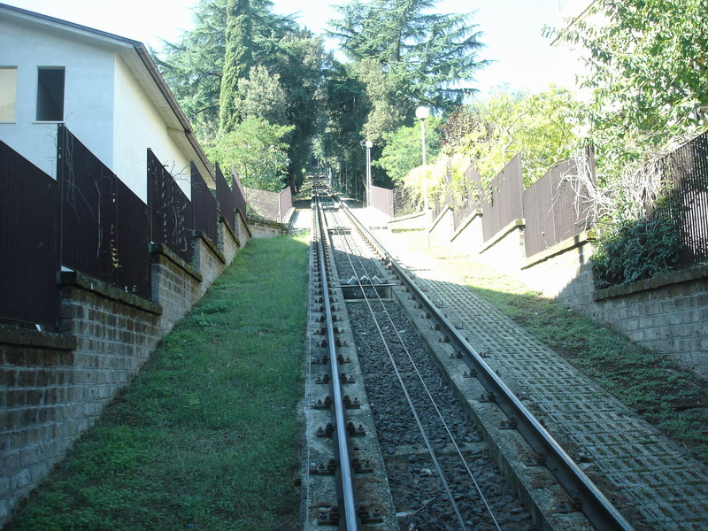 The cable car up to the village