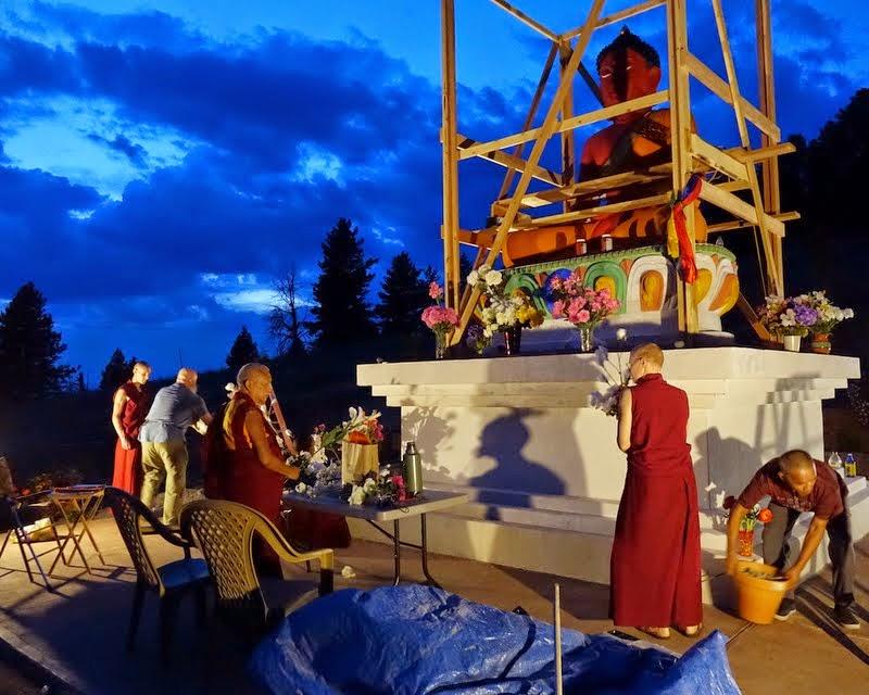 Prepaing the flowers for Amitabha Buddha celebration day, Buddha Amitabha Pure Land, Washington, US, August 2014. Photo by Ven. Roger Kunsang.