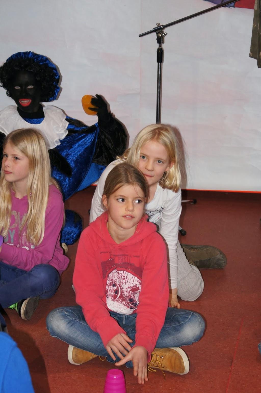 Sinter-Klaas-2013 - St_Klaas_B (55)