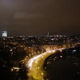 Noční výhled na Podolí z hradeb Vyšehradu