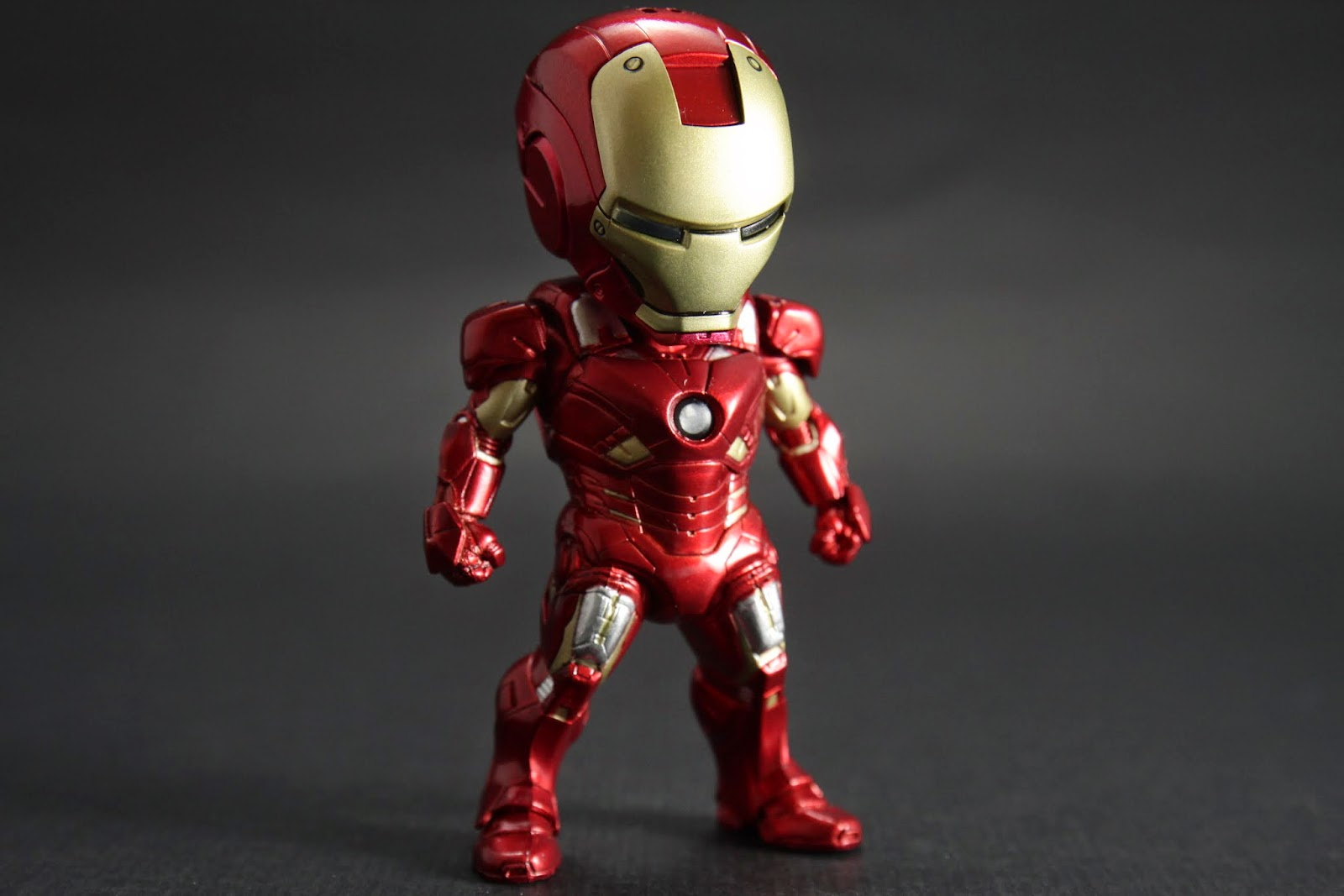 """MK VII 電影""""復仇者聯盟""""後期東尼穿的裝甲"""