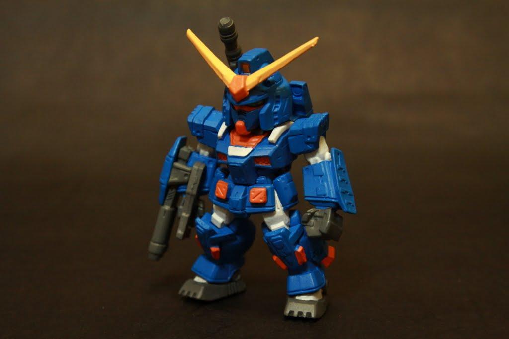 No 36 FA Gundam (B) 本次的隱藏版是FA Gundam 是說這支我就真的不知道來歷了! 是遊戲登場的咩?