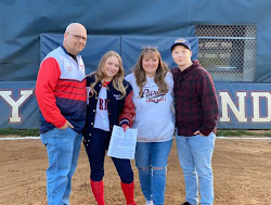 Kylie Nelson with her parents Shannon & Misty and brother Chase Kylie will continue her softball career with Bluefield State in 2021