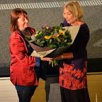 Adeline STERN recevant un sublime bouquet de la part de Dominique SCHMID, en remerciement de son merveilleux travail pour le cinéma Royal!