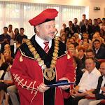 Tóth János rektor a jó együttműködésért vehette át a Debreceni Egyetem bronzplakettjét