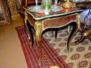 Красивый раскладной столик в стиле Буль. 19-й век. 60/46/73 см. 2800 евро.