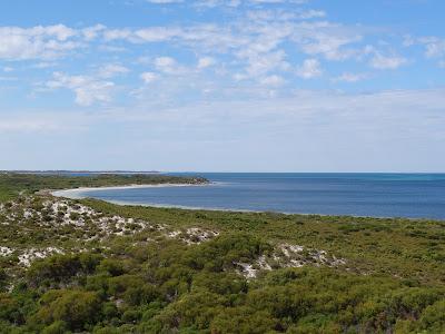 Hansen Bay, Cervantes