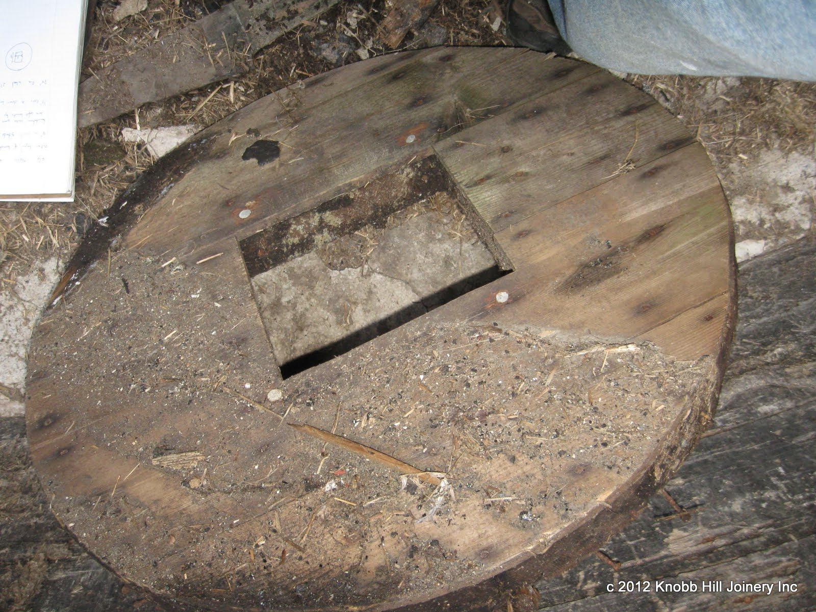 The original wooden disk to which all of the roof staves were attached was able to be reused.