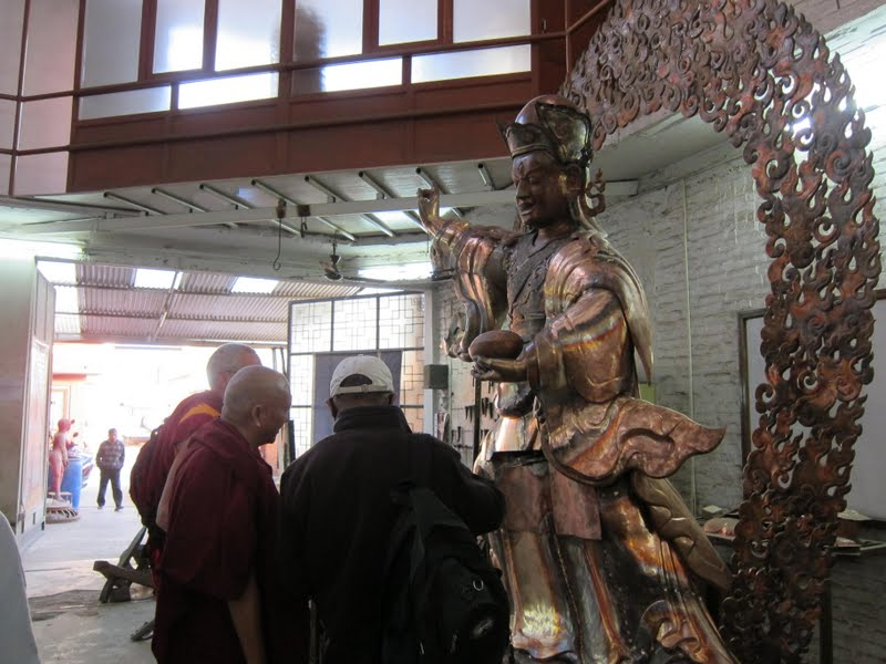Padmasambhava statues for Lawudo in process