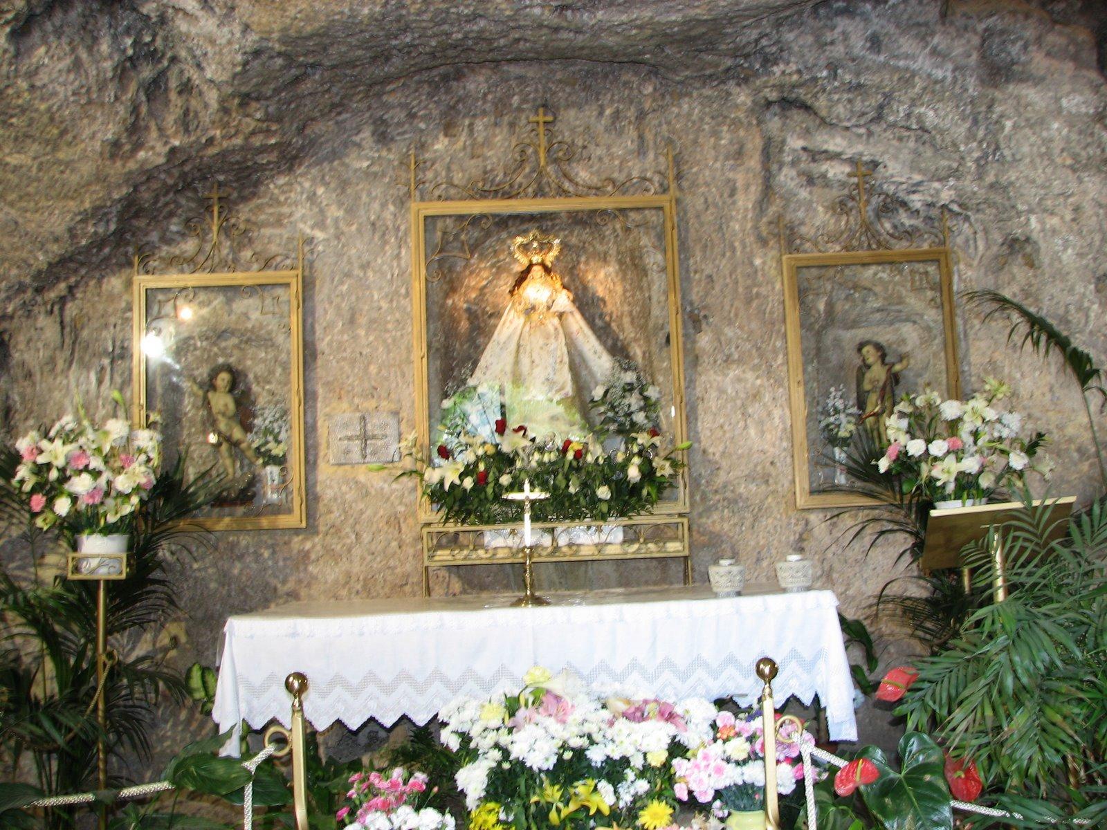 Santuario de la Virgen de la Pena
