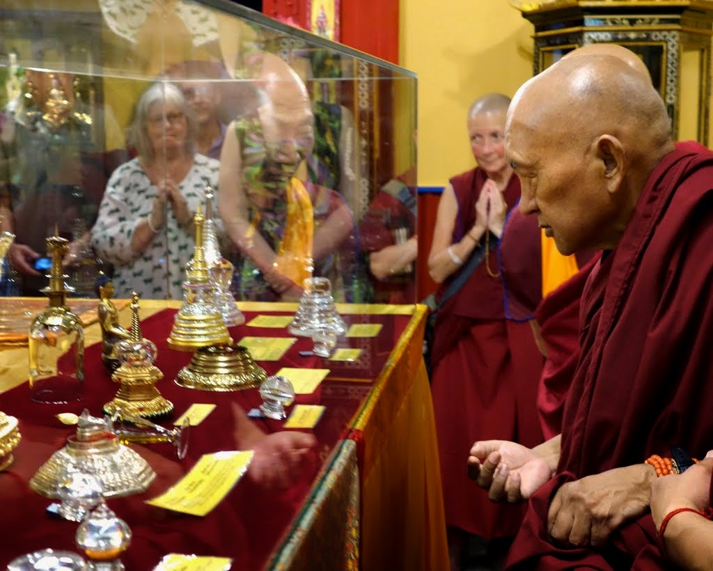 Lama Zopa Rinpoche visiting the relics in the exhibition center of the Great Stupa of Universal Compassion, Australia, October 2014. Photo by Ven. Roger Kunsang.