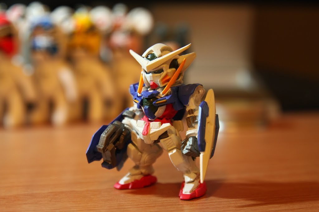 """編號第四號 GN-001 Gundam Exia 身為新系列年番的前期主役機 雖然一開始設定搞出來的時候被譏笑為""""彈珠超人鋼彈"""" 但事實上它的人氣跟後期的主役機OO比毫不遜色阿"""
