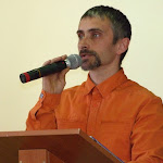 Molnár Zoltán előadás közben