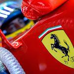 Fernando Alonso gets ready