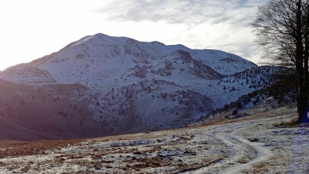 Jutro prema vrhu, snijega je očajno malo