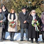 A megemlékezők közt intézmények és szervezetek képviselői voltak