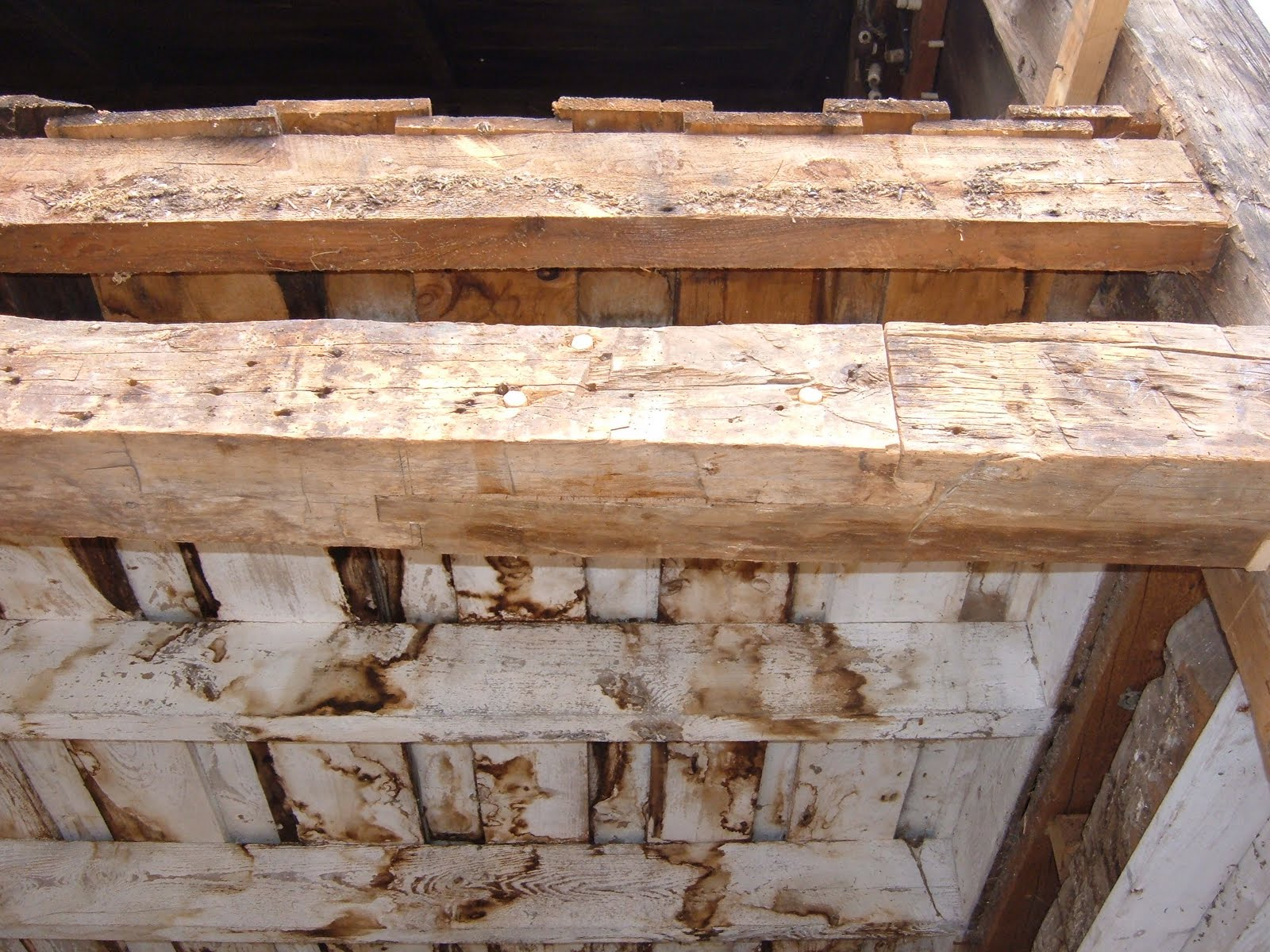 The right side of this girt was repaired using part of another girt that was not salvageable.