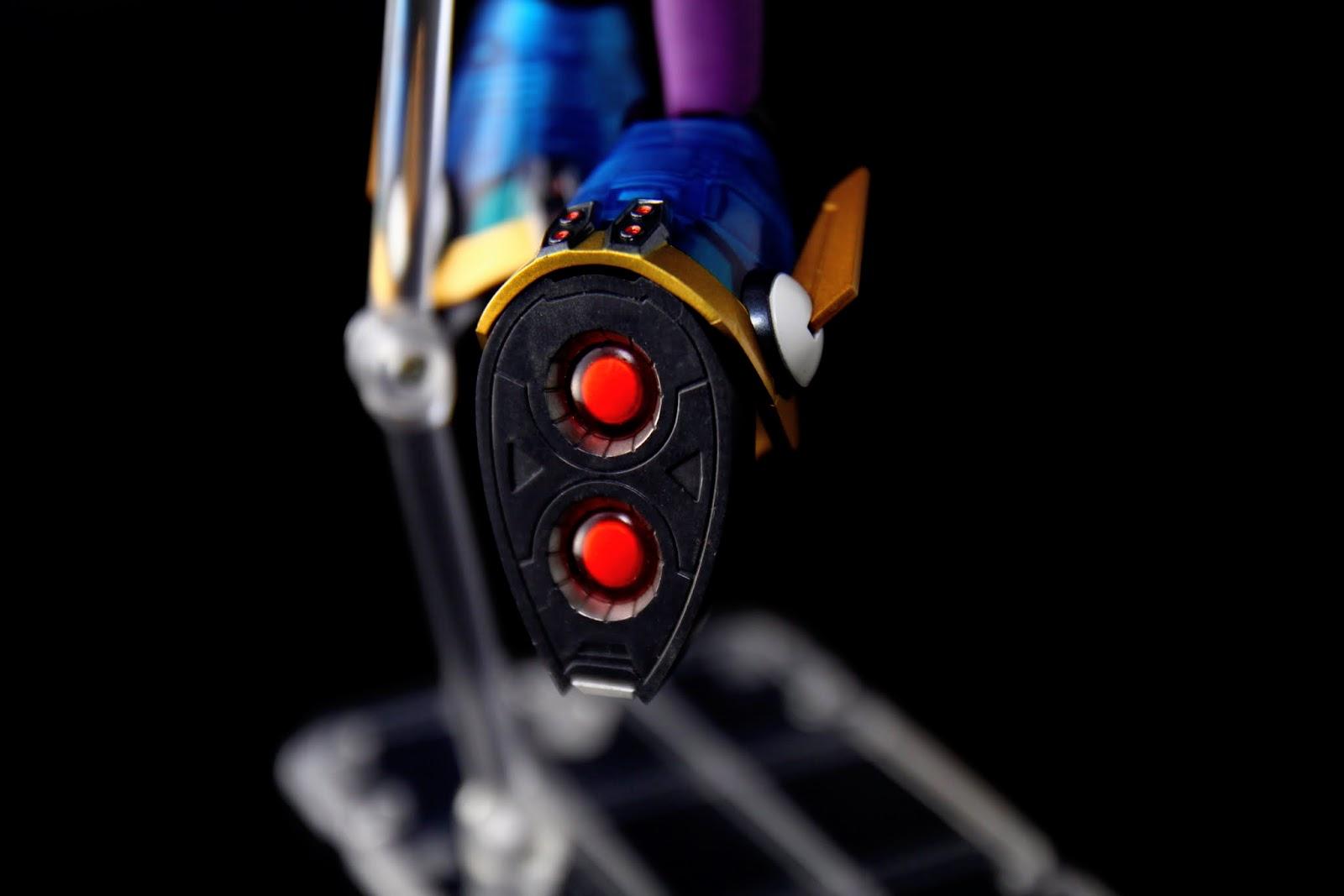 腳底的噴射裝置也很漂亮,這組的CP值真的不錯