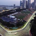 Giancarlo Fisichella (ITA) Force India F1 VJM01 leads Adrian Sutil (GER) Force India F1 VJM01.Formula One World Championship, Rd 15, Singapore Grand Prix, Qualifying, Singapore, Saturday 27 September 2008.䧀ษ