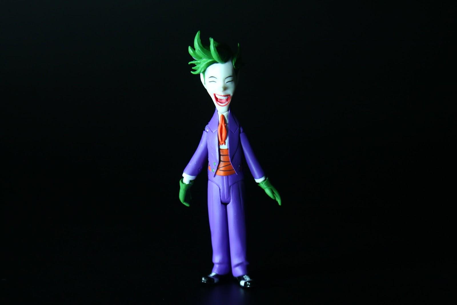 一點都不恐怖的小丑這版是第一個