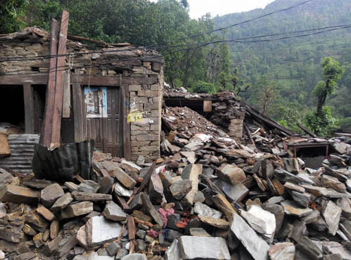 Destruction encountered by Kopan monks while delivering emergency aid, Nepal, May 2015. Photo by Gehse Thubten Jinpa.