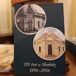 AKomáromi Zsidó Hitközség legújabb kiadványát is hazavihették ajelenlévők
