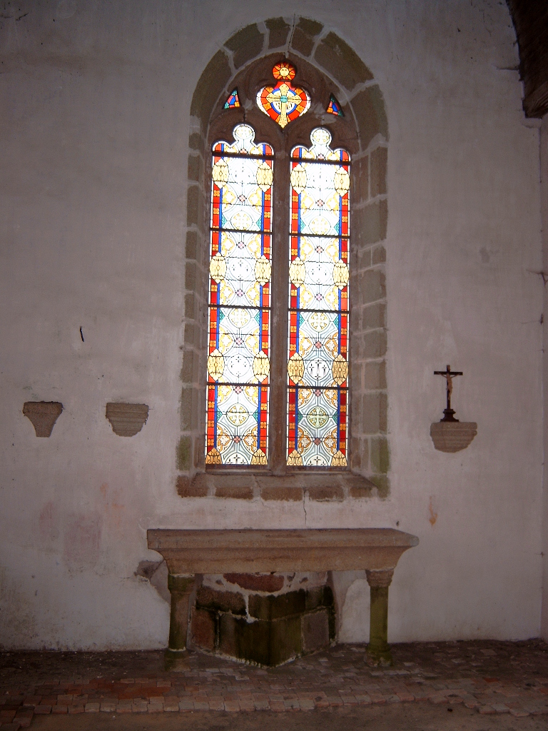 L'intérieur de la chapelle avant sa rénovation.