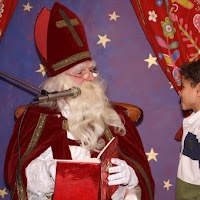 Sinter Klaas in de speeltuin 28-11-2009 - PICT6809