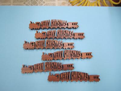 Christmas Train Steve Good Pattern Mahogany
