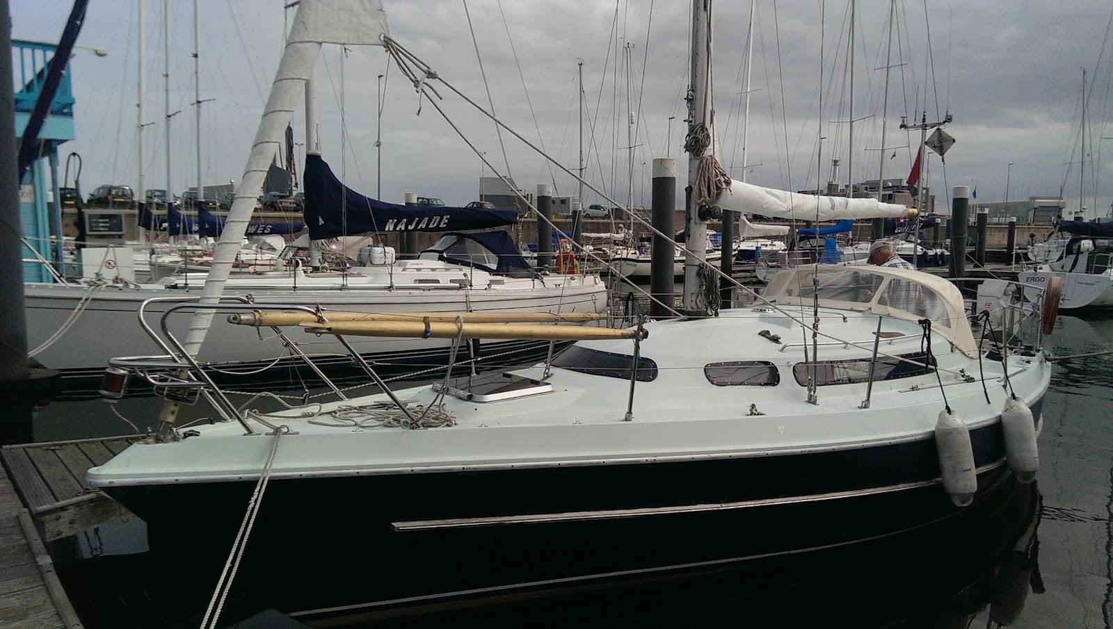 Nic31 Sereno in de haven van de KMJC in Den Helder